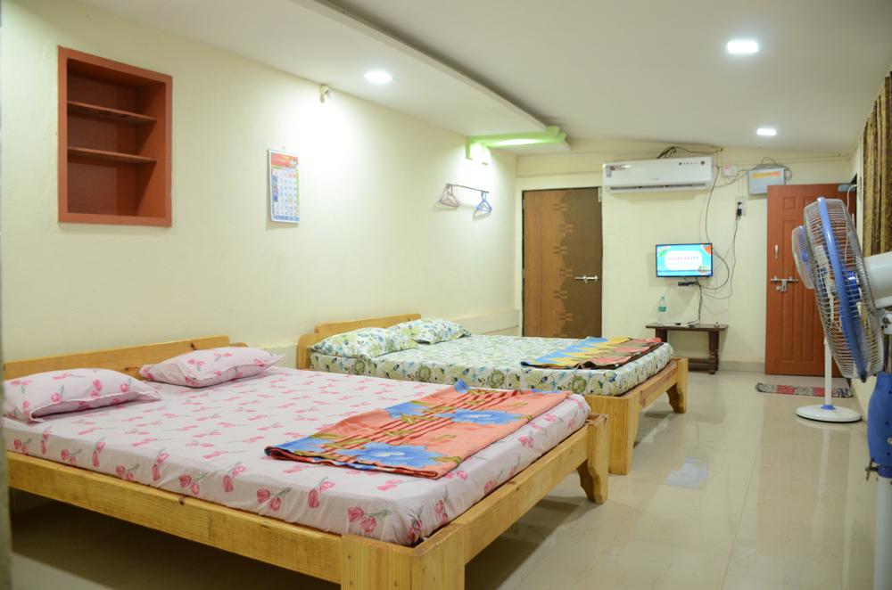 Family Rooms In Devbag